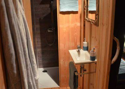 natuna-cabanologue-cabanon-salle-de-bains